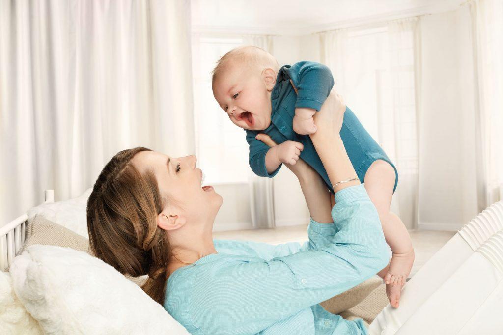 Značka Canpol babies se pravidelně zapojuje do plnění dárkových balíčků Happy Baby 1