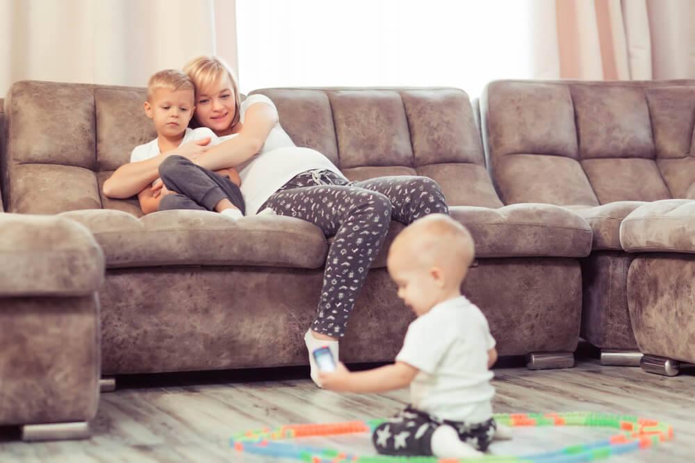 Mateřská skutečně není dovolená, zvlášť pokud je jedno dítě 4