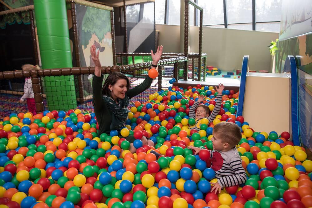 Mateřská skutečně není dovolená, zvlášť pokud je jedno dítě 5