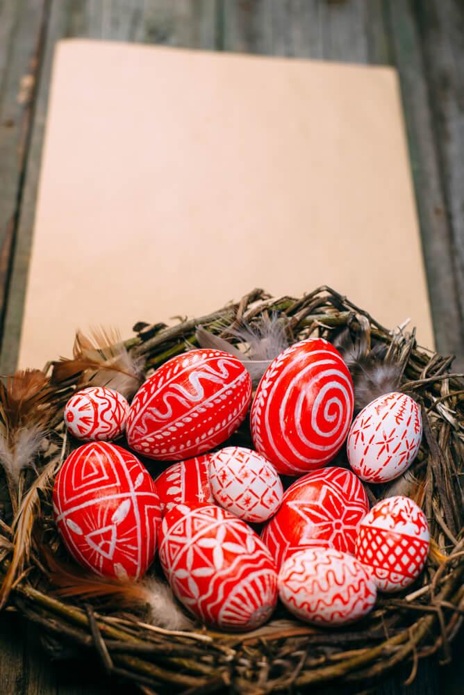 Víte, k čemu se používá o Velikonocích hrkačka? 1