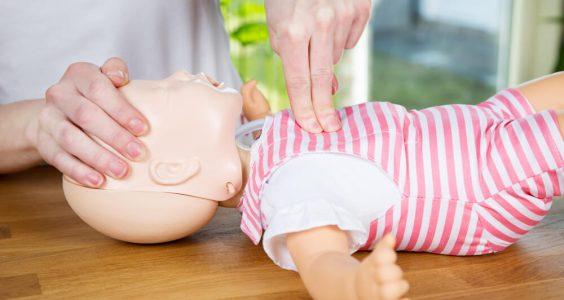 První pomoc u dětí