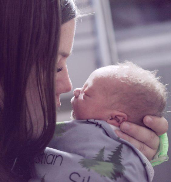 mazlení maminky a miminka