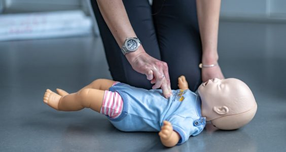 První pomoc u kojenců a malých dětí 15