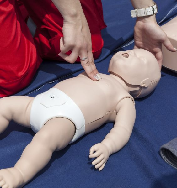 Syndrom třeseného dítěte Simulace první pomoci u kojence