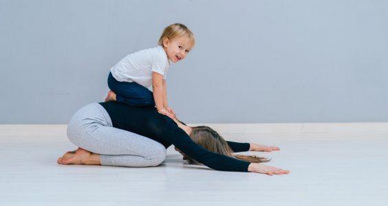 cvičení s mamacore