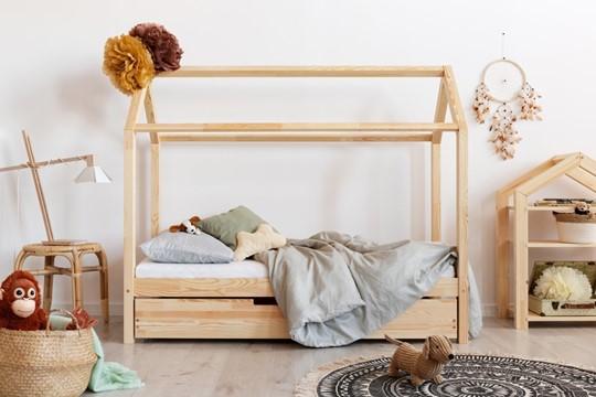 Domečková postel