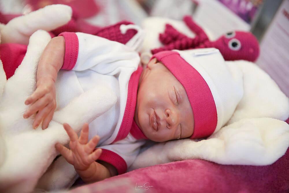 Nošení předčasně narozených miminek