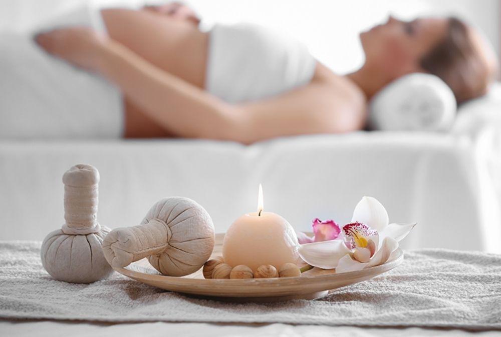 Relaxační těhotenská masáž